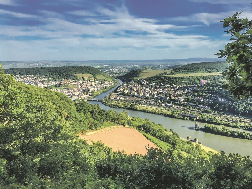 thinkstockphotos-477162630-rudesheim-cmyk