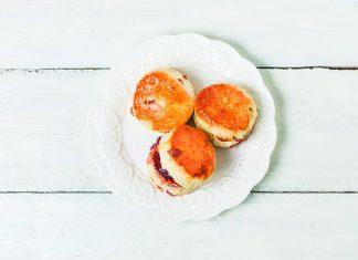 Afternoon tea doughnuts with jam